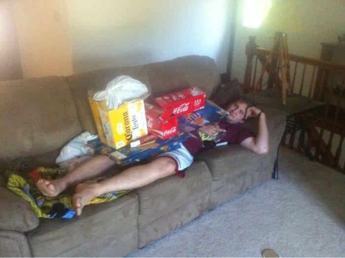 Ленивые люди, которые обожают бездельничать (35 фото)