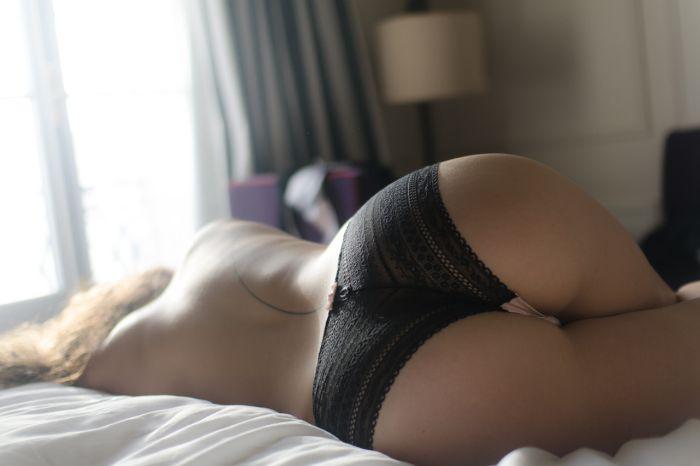 Сексуальные попки стройных девушек (47 фото)
