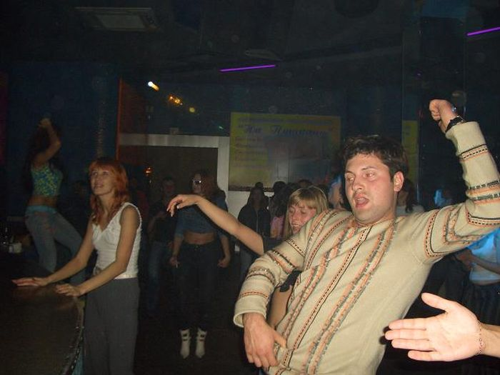 "Омский клуб ""Атлантида"" - притон развратной жести (61 фото)"