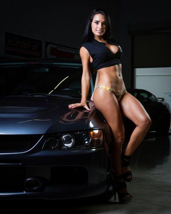 Авто красотки секси