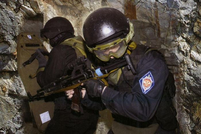 Нормативы и физические требования к бойцам спецназа ФСБ (7 фото)