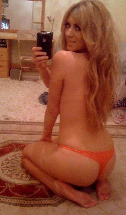 Сексуальные девушки фотографируют свое тело. НЮ (45 фото)