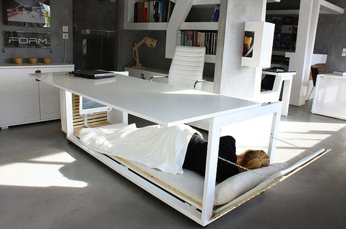 Стол мечты любого офисного сотрудника (4 фото)