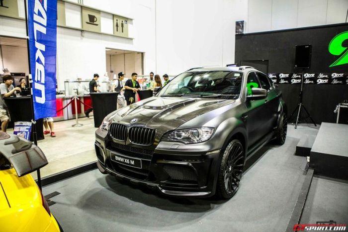 Шоу тюнингованных авто в Сингапуре 2013 (61 фото)