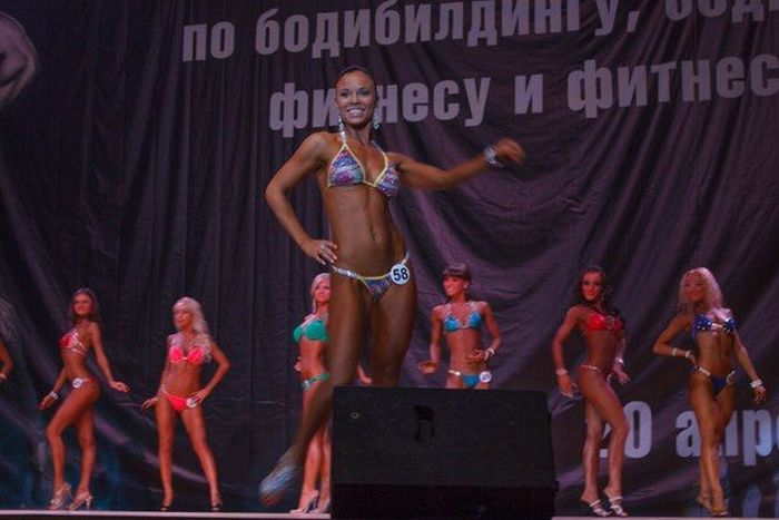 Кубок Иркутской области по женскому бодибилдингу и фитнесу (42 фото)