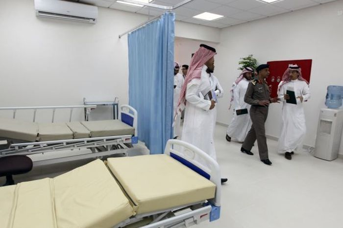 Тюрьма для террористов в Саудовской Аравии (6 фото)