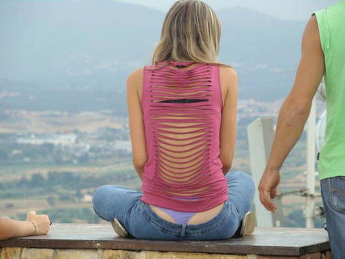 Фото засветов трусов из джинс фото, фото приколы с эротикой новые