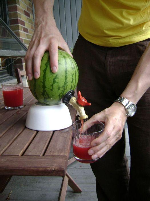 Делаем арбузную кегу своими руками (15 фото)