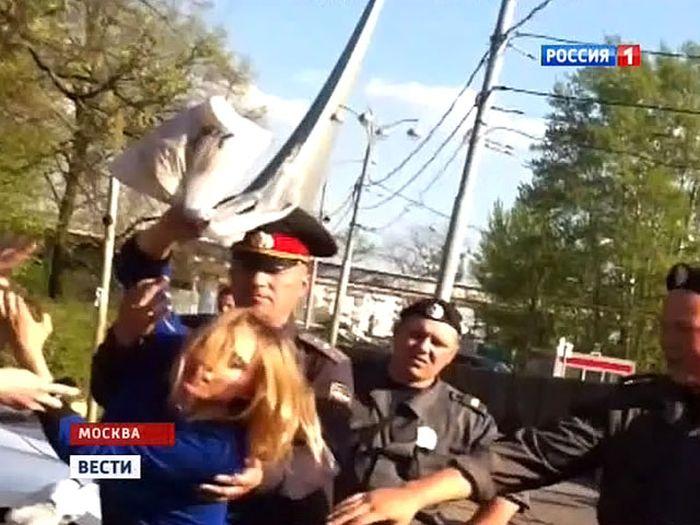 Пьяный Витас сбил велосипедистку (2 фото + 3 видео)