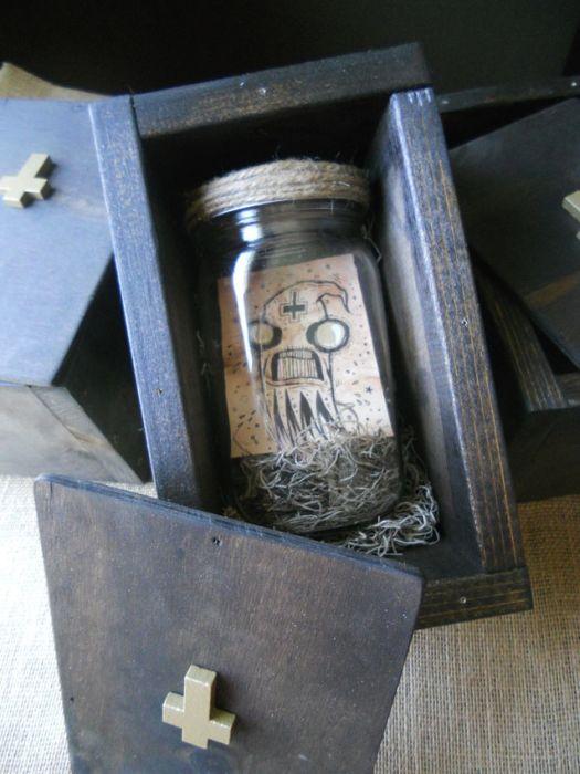 ТОП-10 самых необычных лотов на аукционе eBay (10 фото)
