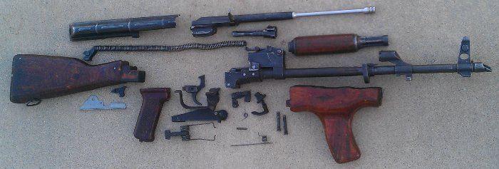 Превращаем AK-47 в бытовой ковшик (26 фото)