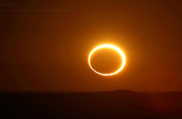 """Необычное """"Кольцо огня"""" в Австралии (11 фото)"""