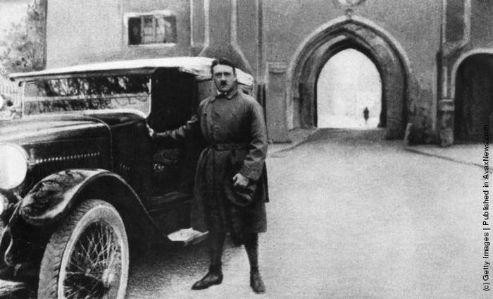 Снимки молодого Адольфа Гитлера (29 фото)