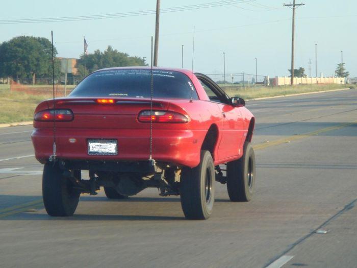 Самые странные автомобили (38 фото)