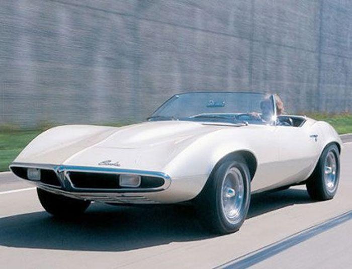Огромная коллекция концептуальных автомобилей 70х годов (80 фото)