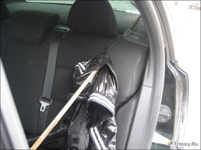 Делать прижал окном двери машины и трахнул снятое мобилок