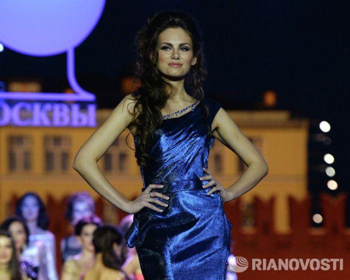 """Победительницей конкурса """"Мисс Москва-2013"""" стала студентка МГУ Дарья Ульянова (10 фото + видео)"""