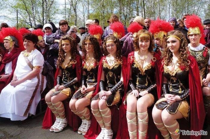 Необычный наряд выпускников из Кемеровской области (2 фото)