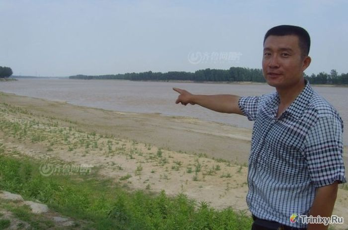 Житель Китая предоставил СМИ фотографии инопланетянина (15 фото)