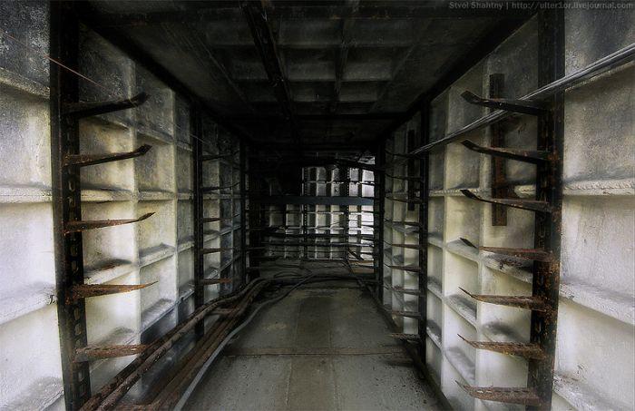 Заброшенный научно-измерительный пункт (107 фото)