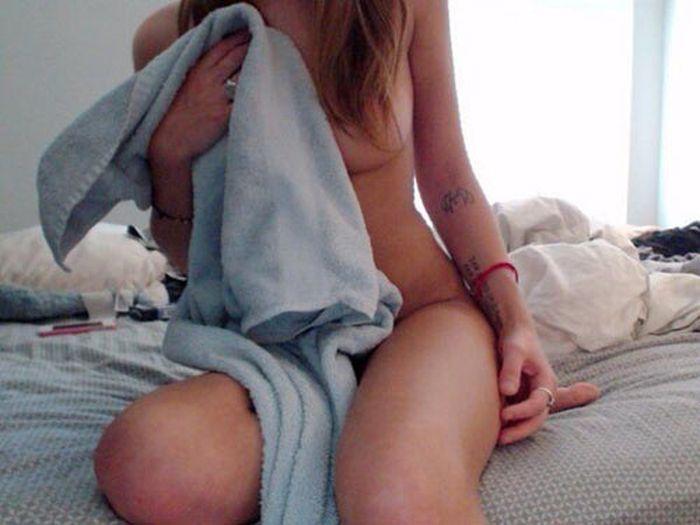 Девушки в полотенцах (23 фото)
