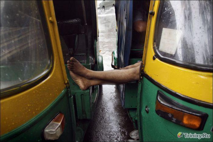 Жуткие последствия наводнения в Индии (23 фото)