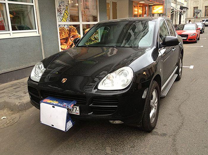 "Странный ""тюнинг"" Porsche Cayenne (2 фото)"