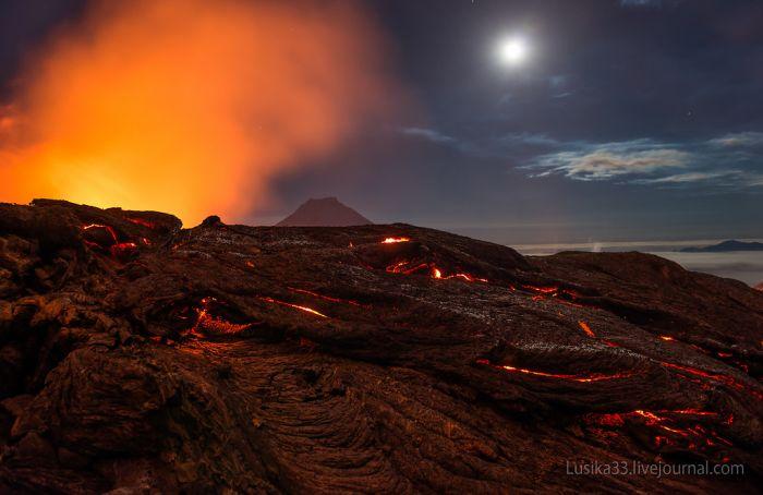 Kamçatka Tolbachic Yanardağı patlaması (22 fotograf)