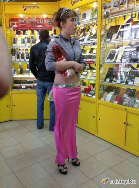 """Нелепо одетые """"модники и модницы"""" (50 фото)"""
