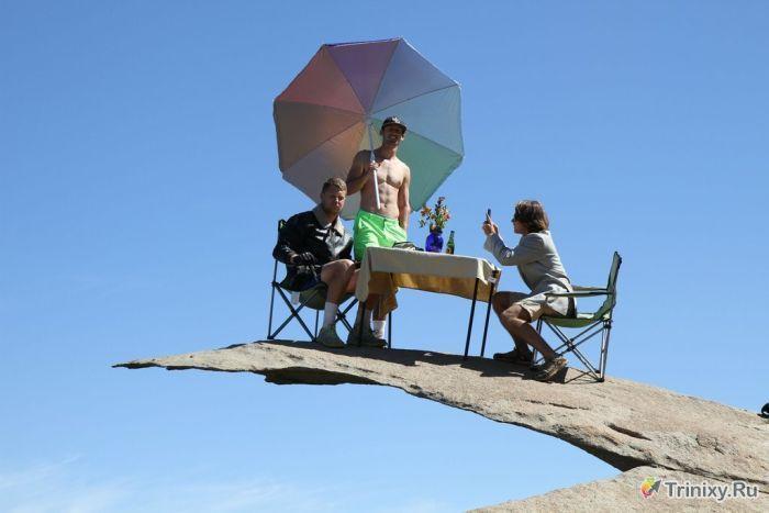 Худшее место для пикника. (4 фото)