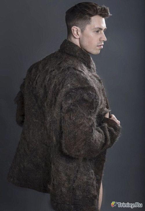 Загадка дня. Креативное дизайнерское пальто (4 фото)