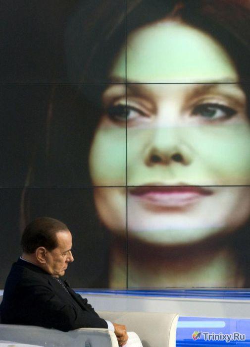 Любовные похождения Сильвио Берлускони (12 фото)