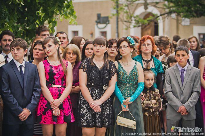 Как изменился вид выпускного платья с 1960 по 2013 годы (102 фото)