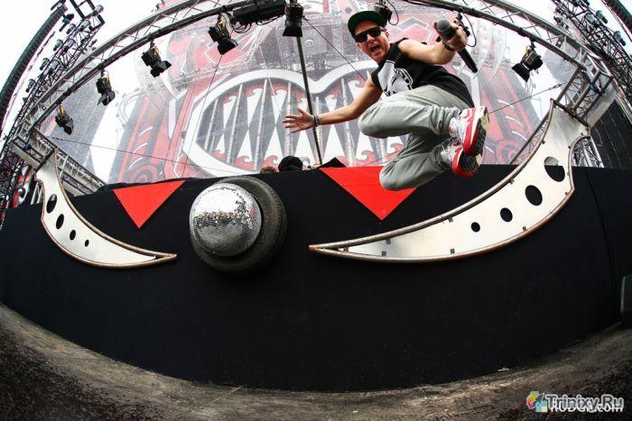Фотоотчет с музыкального фестиваля Q-Dance Defqon.1 (101 фото)