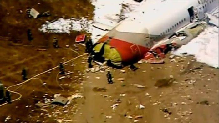Крушение Boeing 777 в Сан-Франциско (23 фото + видео)