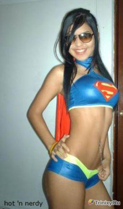 Сексуальные фанатки супергероев (57 фото)