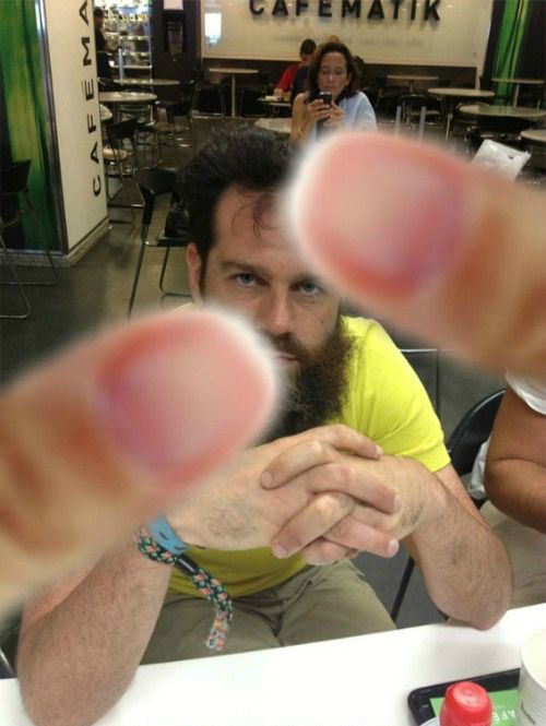 Креативная мужская прическа (3 фото)