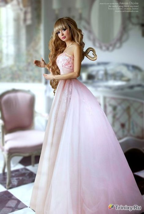 Кукла Барби из Москвы (18 фото)
