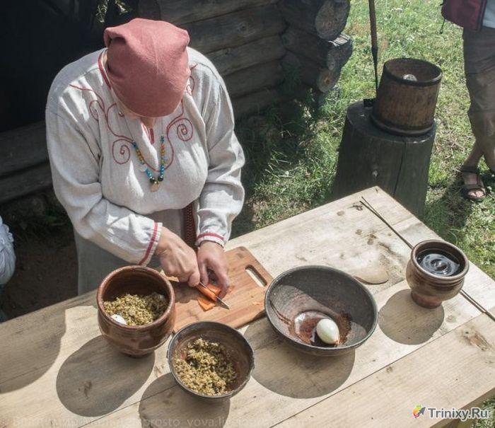 Как жилось нашим предкам в 10м веке (18 фото)