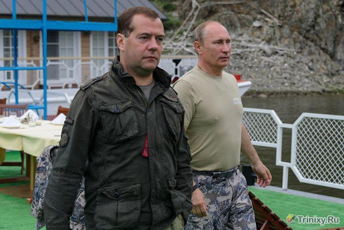 Как Путин и Медведев на рыбалку съездили (16 фото)