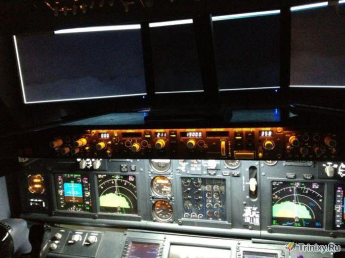 Самодельный авиа-симулятор (4 фото)