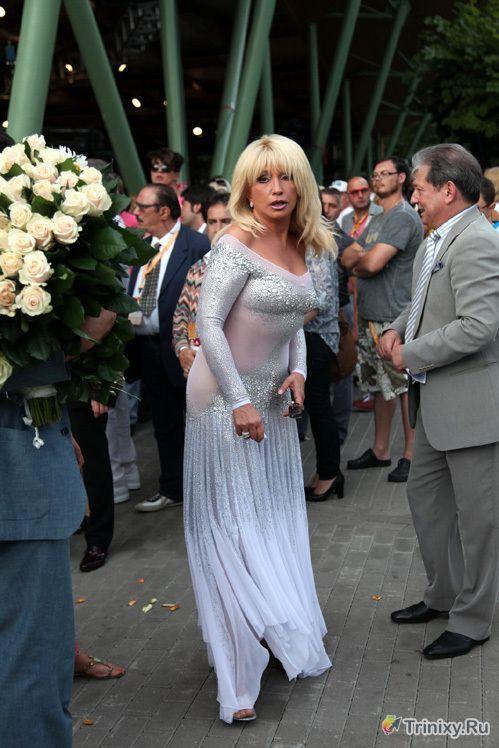 Ирина Аллегрова появилась на публике в прозрачном платье (5 фото)