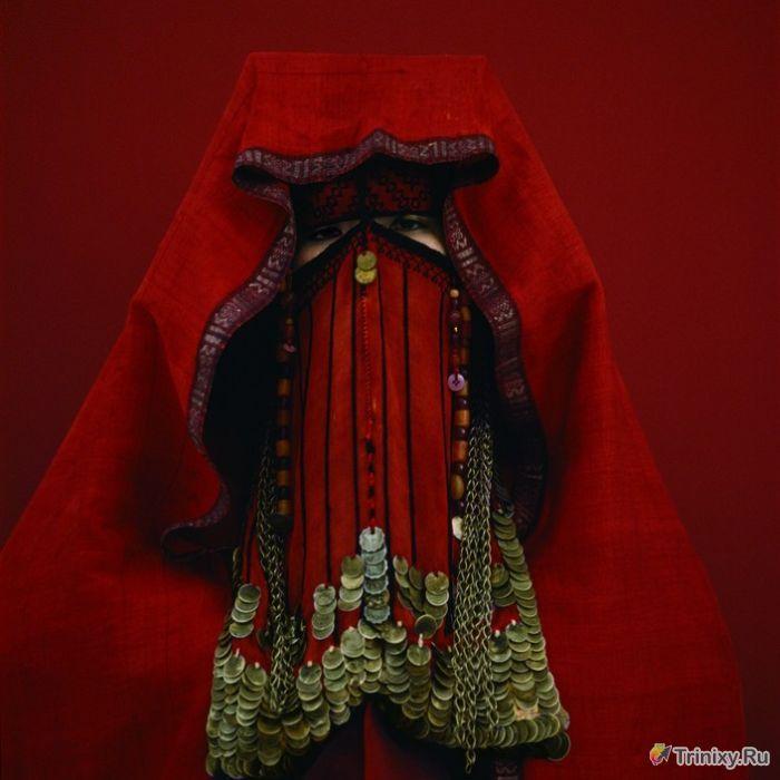 Самые необычные свадебные головные уборы (23 фото)