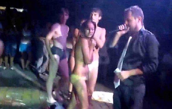 Конкурс голых тел в ночном клубе фото — pic 15