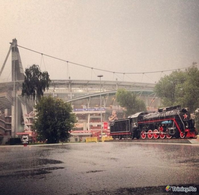 Москву вновь затопило после ливня (21 фото + видео)