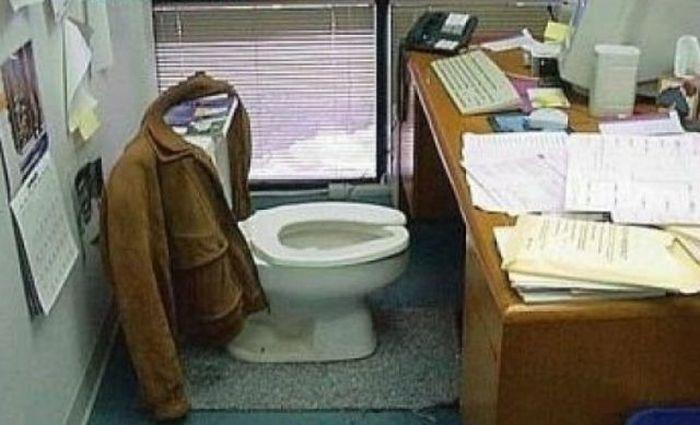 Розыгрыши офисных работников (40 фото + 2 видео)