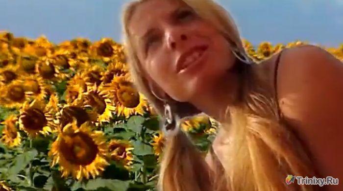 Восходящая звезда рунета Агата (5 фото + 3 видео)