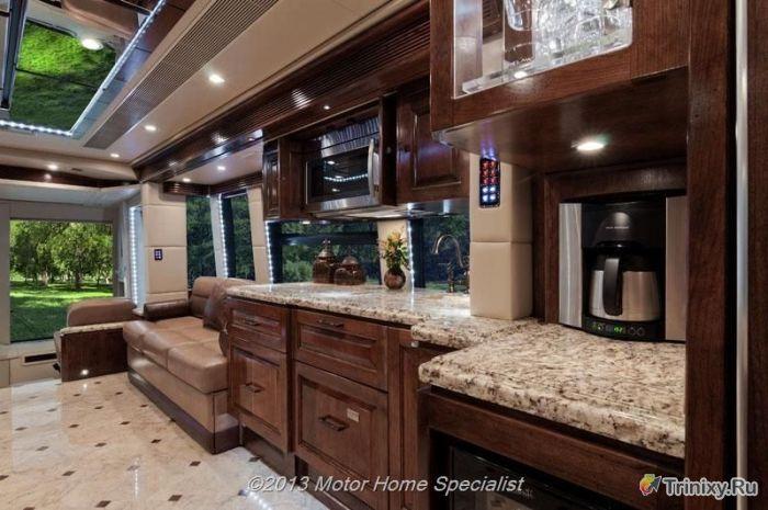 Крутой дом на колесах стоимостью 2 миллиона долларов (126 фото)
