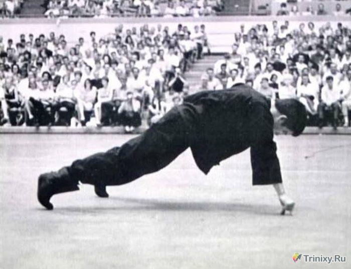 Брюс Ли: человек-легенда (11 фото)