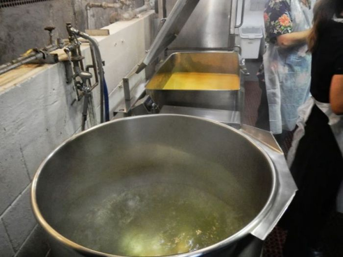 Рацион питания в американской столовой для бездомных (26 фото)